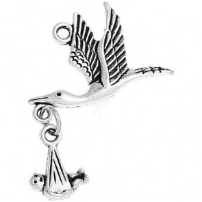 Beyond Visions Metal Pynt Flyvende Stork m/Baby Charms