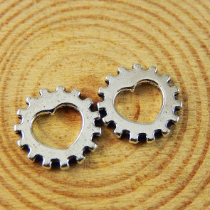 Findings Steampunk Heart-Shaped Gears 12x12x1mm - Silver Plated