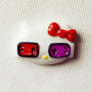Resin Hello Kitty 3D Nerd Hoved 28x20 mm - Rød Sløjfe